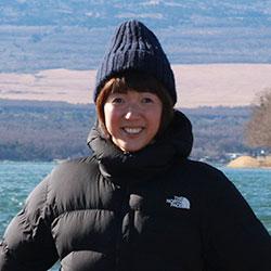 安芸 智子